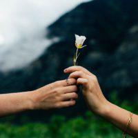 Modlitwa: spotkanie osób w miłości