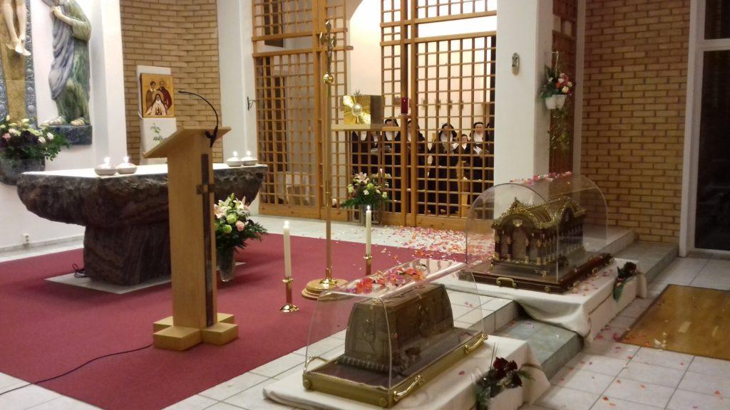 sw.Tereska-relikwie-Tromso-20181020_210532